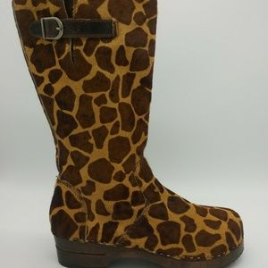 Hanna Andersson Pony Hair Side Zip Tall Boots S-39